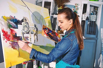 To investigate how creative processes from different artistic disciplines can improve the work we do for the benefit of people in long-term unemployment.